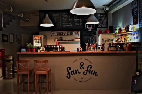 Jedzenie z Fan & Fun